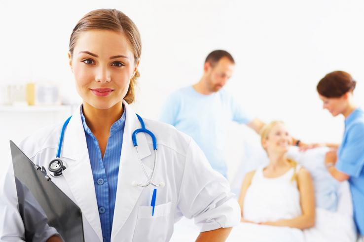 Secteur médico-social : comment s'informer sur les formations ?